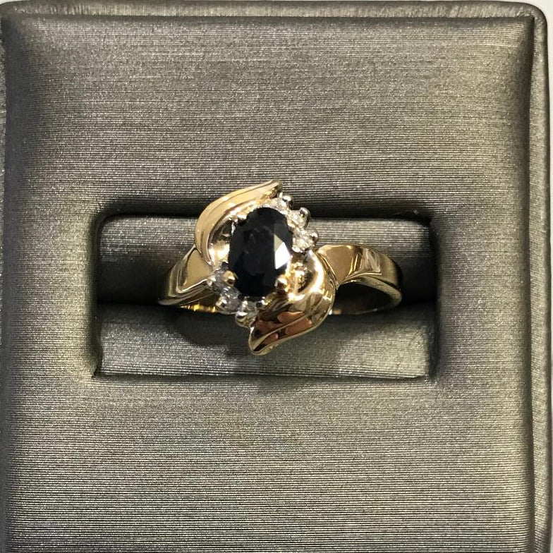 14K Yellow/Gold Ladies Sapphire & Diamond Ring