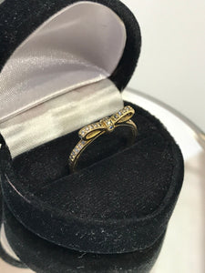 14KT Yellow Gold Diamond Bow Tie Ring Simple & Cute
