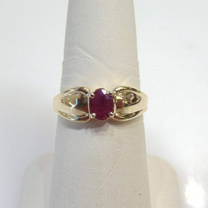 14KT Yellow Gold Ruby Fluted Bow Ring