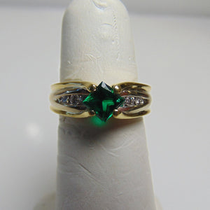 18KT Yellow Gold Princess Cut Emerald & Diamond Ring Green Irish