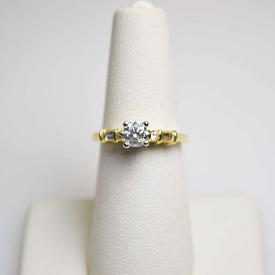 18KT Yellow Gold Diamond Ring With Baguettes & Round Diamonds