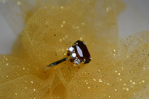 14KT Yellow Gold 4 Carat Oval Garnet & Diamond Ring