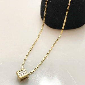 10KT Yellow Gold Princess Cut Diamond Pendant Tic Tac Toe Pattern Square