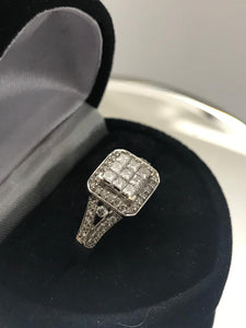 14KT White Gold Vintage Style Diamond Princess Halo Design Ring