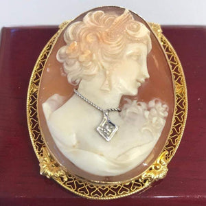 14KT Solid Yellow Gold Antique Victorian Handcrafted Cameo Lovely Face