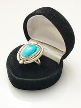 Load image into Gallery viewer, Sterling Silver .925 Genuine Turquoise Ring Size 6 1/2