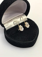 Load image into Gallery viewer, 14K YG Pear Shaped CZ Lever Back Earrings