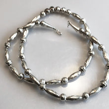 Load image into Gallery viewer, Sterling Silver .925 South West Corrugated Bead And Ball Necklace