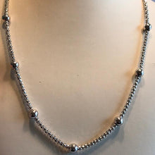 Load image into Gallery viewer, Sterling Silver .925 Cage And Ball Link Necklace