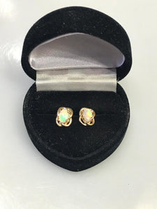 14K Yellow Gold Opal Earrings Post Pierced Gorgeous Color