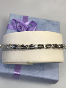 Ladies 14KT White Gold Classic Diamond Tennis Design Bracelet