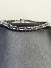 Load image into Gallery viewer, Ladies 14KT White Gold Classic Diamond Tennis Design Bracelet