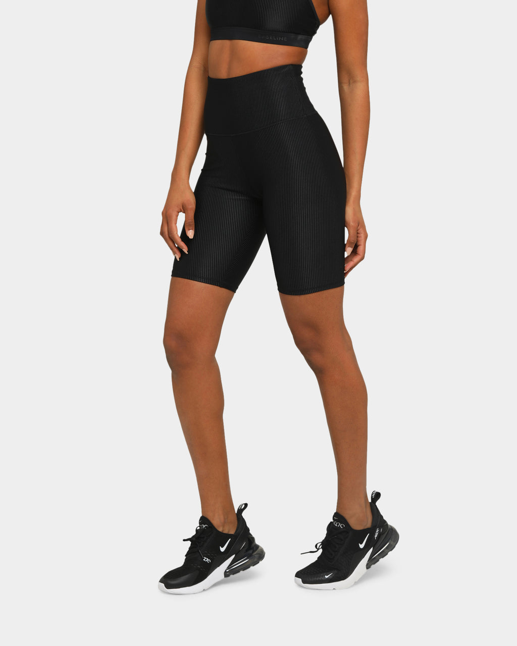 Baseline Ultimate Short Tight Black