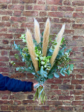 Load image into Gallery viewer, Natural Pampas Grass Mixed Bunch