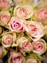 Load image into Gallery viewer, Be My Valentine Pink Roses