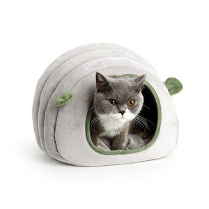 Collapsible Winter Cat Bed