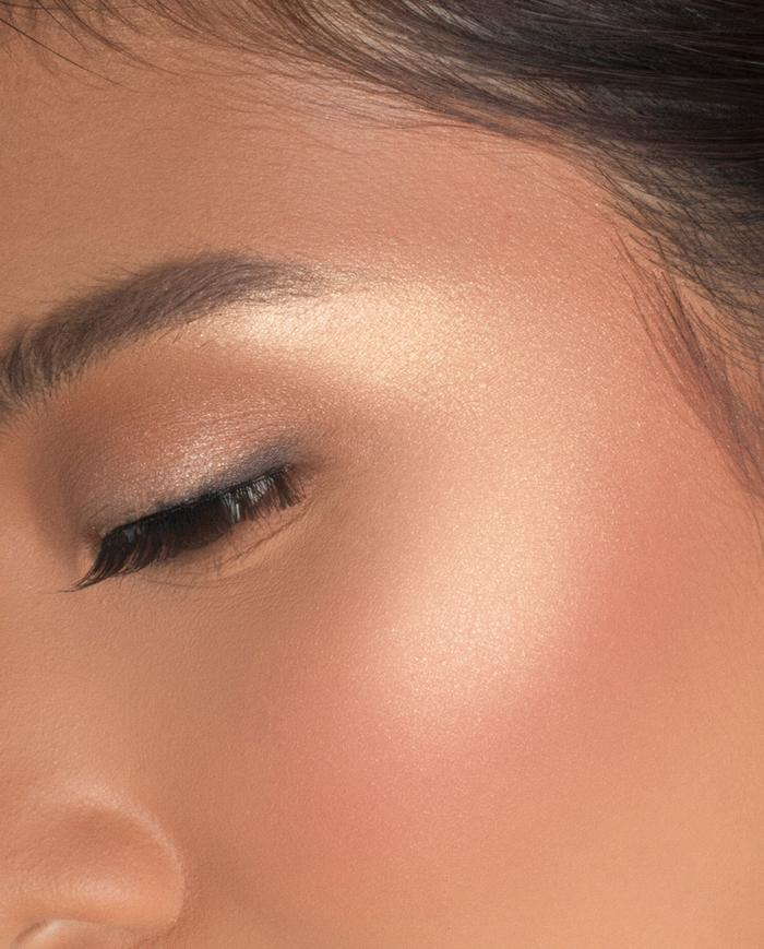 Viceco Aura Glow  Shining Highlighter Gold | Face