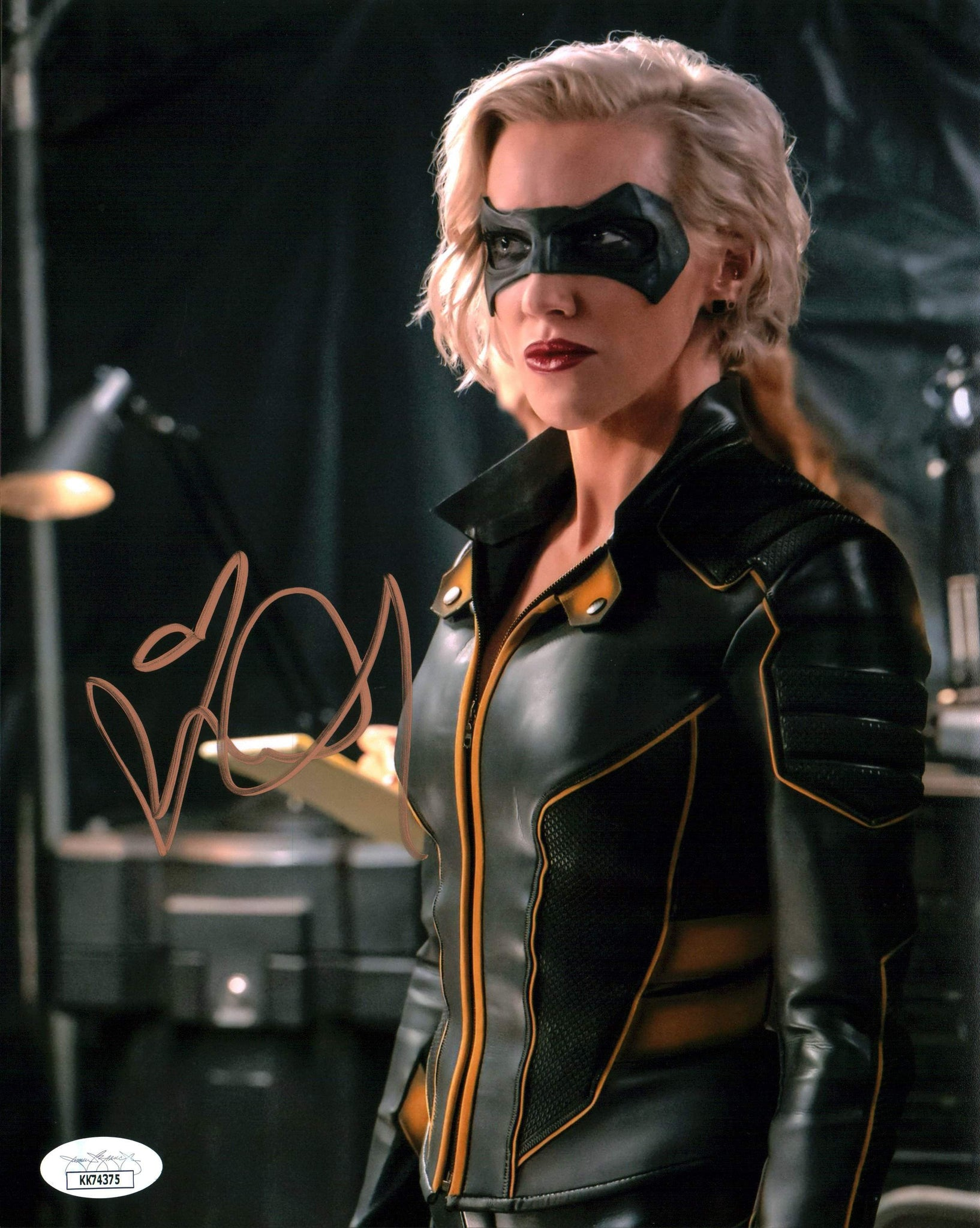 Katie Cassidy The Flash 8x10 Photo Signed Autograph JSA Certified COA Auto GalaxyCon
