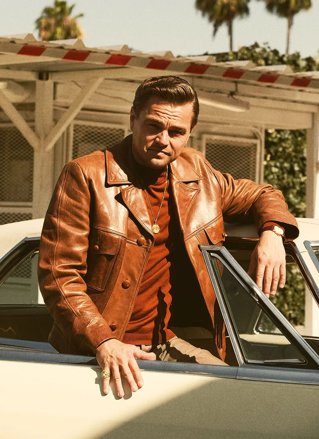 21-stylish-leather-jackets-look-of-male-celebrities-15