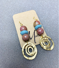 Load image into Gallery viewer, Matte Mauve Earrings