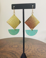 Load image into Gallery viewer, Seafoam Painted Earrings