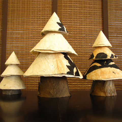 Tabletop Tapa Christmas Tree Set
