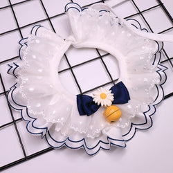 Daisy Lace Bell Hand-Made Collar
