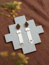 Load image into Gallery viewer, Sonoran Sunset Brass Earrings
