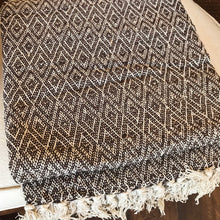 Load image into Gallery viewer, Cotton Handmade Throw - Brown