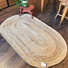 Load image into Gallery viewer, Jute Handmade Rug Oval