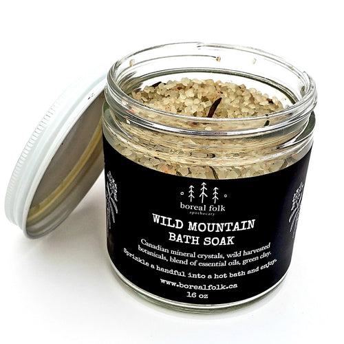 Soak into the Pacific North West with ancient prairie salt ethically harvested deep beneath the Canadian prairies. These unparalleled prehistoric minerals tighten skin pores, hydrate as well as promote circulation. This relaxing blend will transport you straight into the heart of the wilderness with notes of wild sage, balsam fir & black spruce.