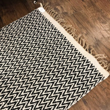 Load image into Gallery viewer, Cotton and Jute Rug Black