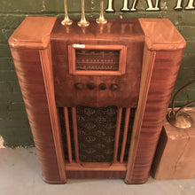Load image into Gallery viewer, Antique Floor Radio