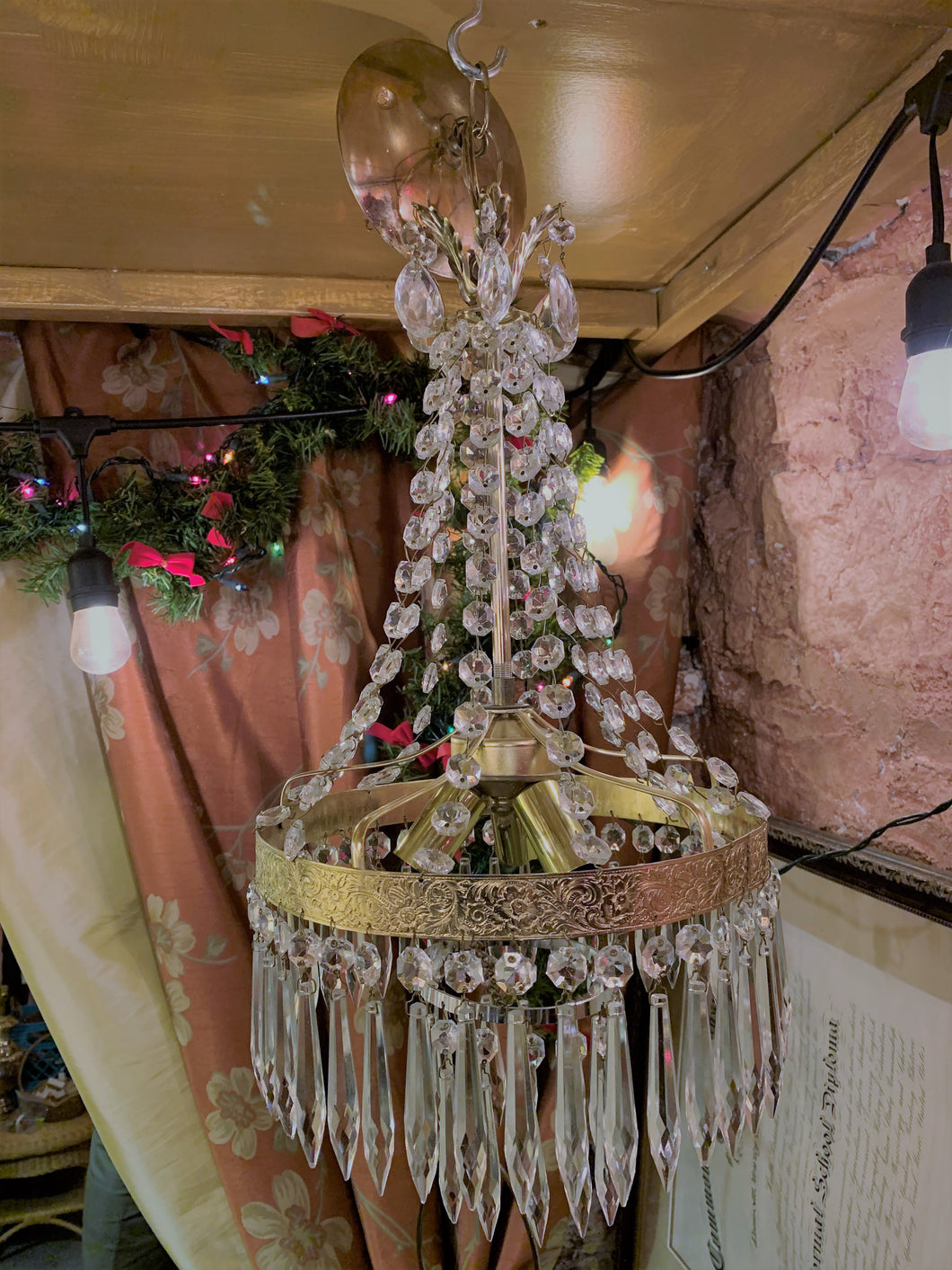 French Empire Style with Waterfall Crystal Cascade and 2 Tier Wedding Cake Crystal Bottom