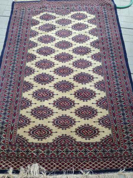 "Blue Red and Cream Hand Knotted 4x6 Bukhara Rug ""Kimmy"""