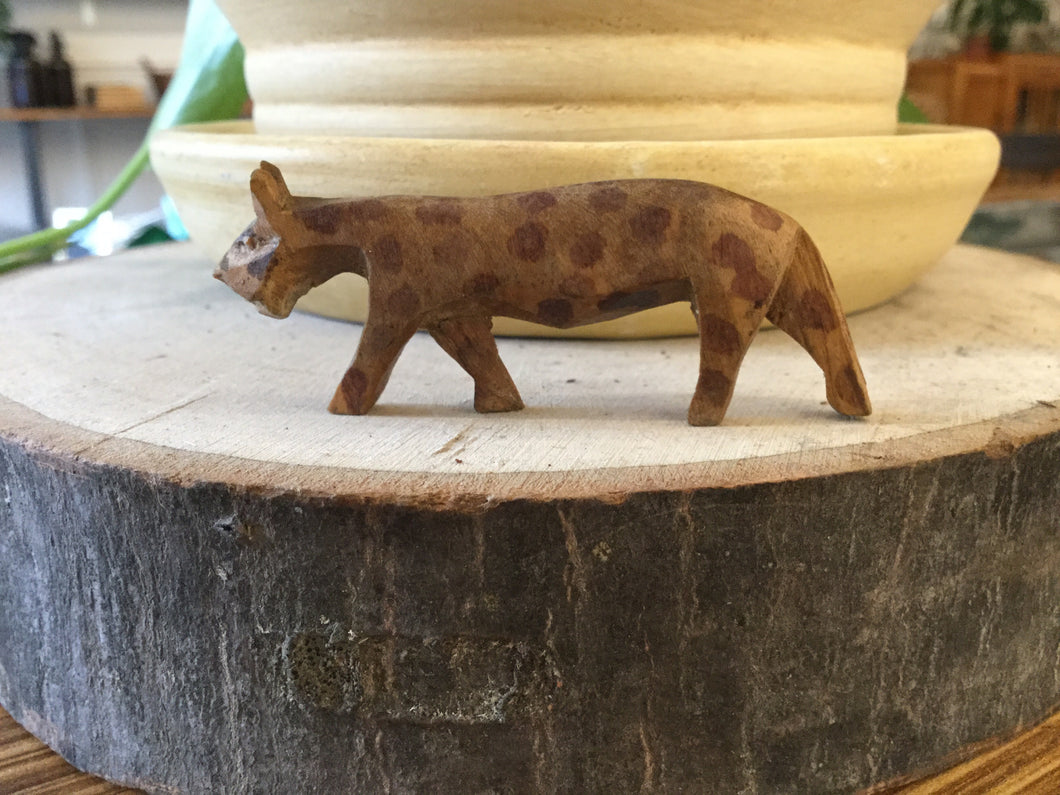 Small Cheetah wood hand carved 2""
