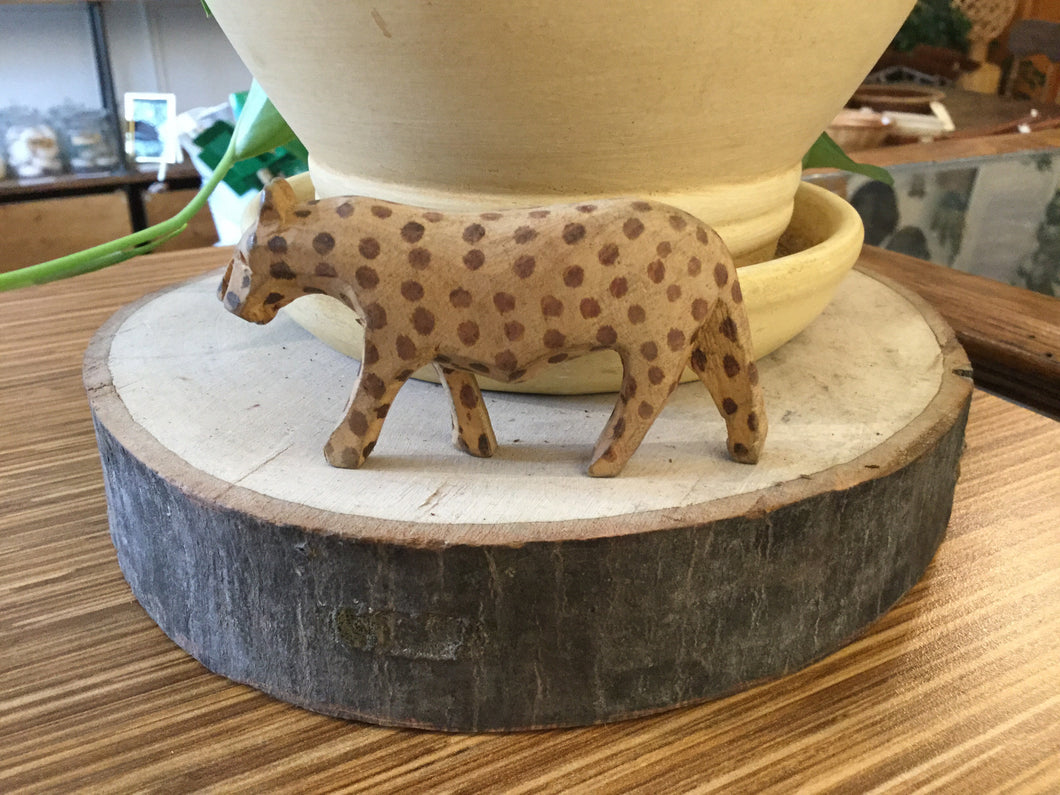 Large cheetah wood hand carved 3-4""