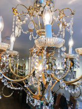 Load image into Gallery viewer, Elegant Crystal and Gold Chandelier