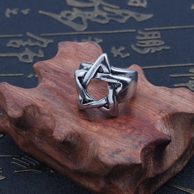 Metal Pentagram Ring