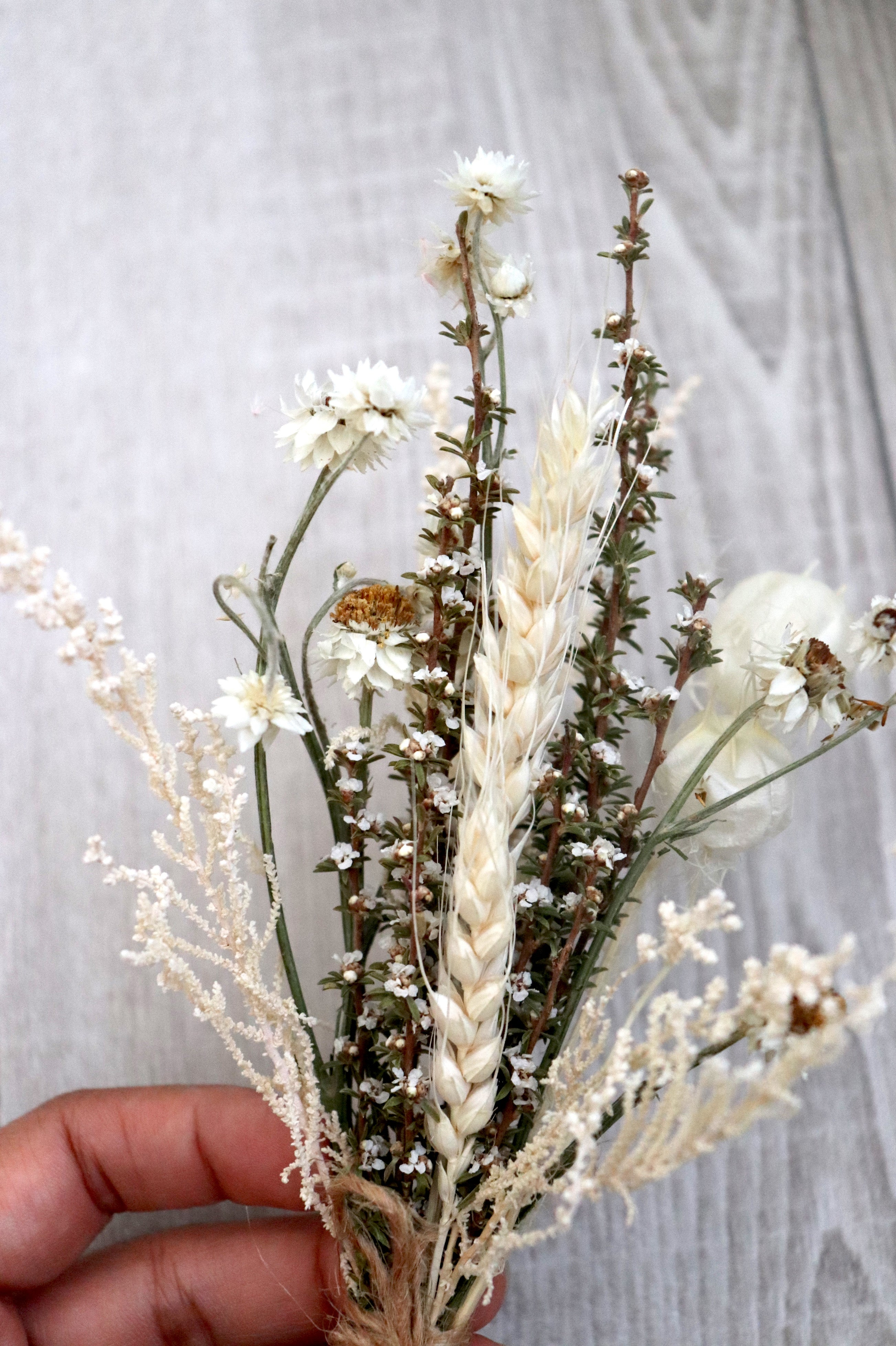 Dainty Bouquet White Forest