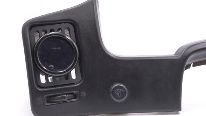 Vent Gauge Pod (Driver Window)