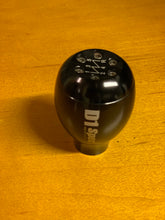 Load image into Gallery viewer, D1 Spec Weight Shift Knob