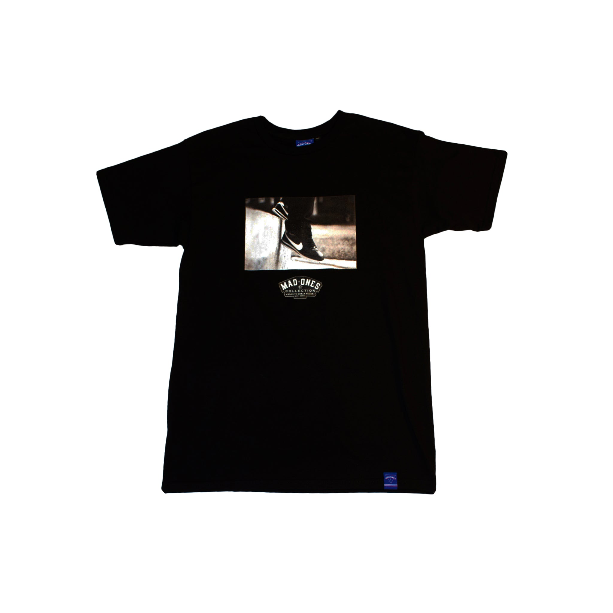 INFLUENTIAL - TEE - BLACK