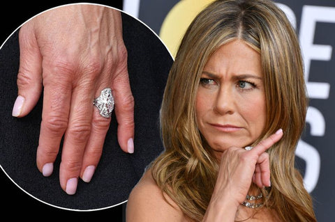 Jennifer not happy about her huge diamond ring