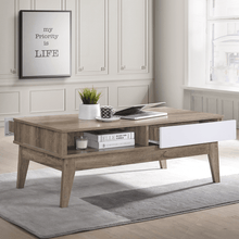 Load image into Gallery viewer, Coffee Table Oak