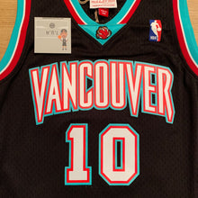 Load image into Gallery viewer, Mike Bibby Vancouver Grizzlies Mitchell & Ness Jersey