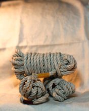 Load image into Gallery viewer, 6mm hemp rope