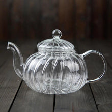 Load image into Gallery viewer, In stock mid June//Glass Teapot With Infuser and Lid (20oz.) Teaware The Grateful Tea Co.