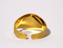 Load image into Gallery viewer, Adjustable Signet Rings – Beautiful Cross, Choose Finish