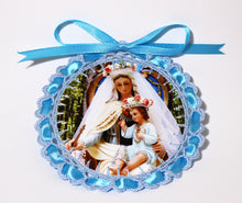 Load image into Gallery viewer, Delicate Crochetwork Medallion - Handmade by the Nuns: Our Lady of Frechou